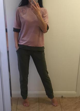 Мягкая велюровая пижамка (кофта + брюки) оливка