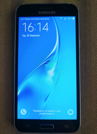 Samsung Galaxy J320 (2016)