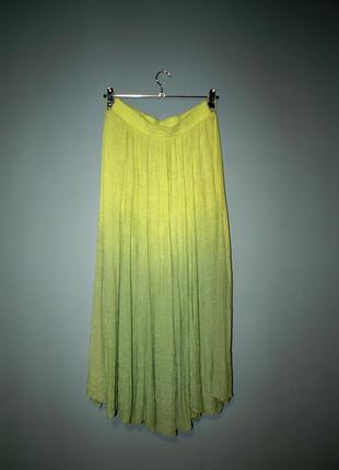 Широкая жатая юбка на резинке градиент