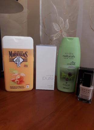 Набор. гель для душа, шампунь, лак для ногтей, парфюм