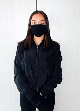 Чёрная защитная многоразовая маска