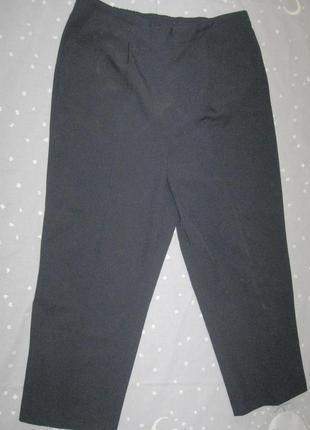 Классические брюки на резинке со стрелками,большого размера р....