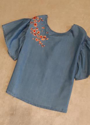 Блузка деним свободная с вышивкой,завязками красивый рукав раз...
