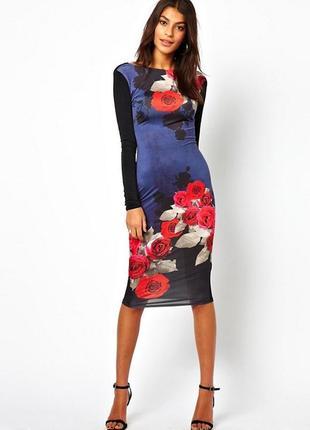 Облегающее платье с розами на выход и на каждый день s-м