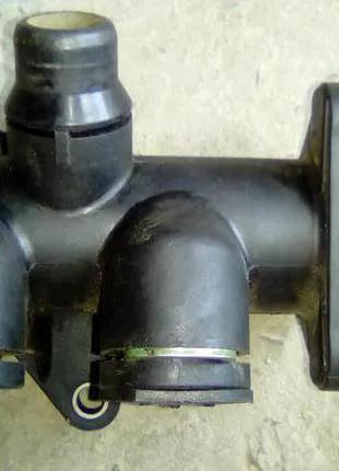 058121133b тройник системы охлаждения vw audi skoda