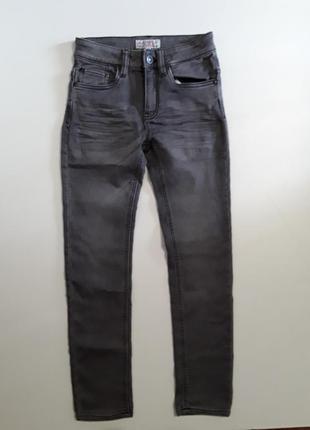 Фирменные брюки штаны джинсы 10-11 лет