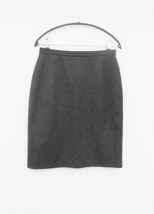 Серая классическая базовая шерстяная юбка