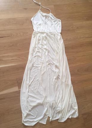 Белое длинное платье сарафан с разрезами missguided