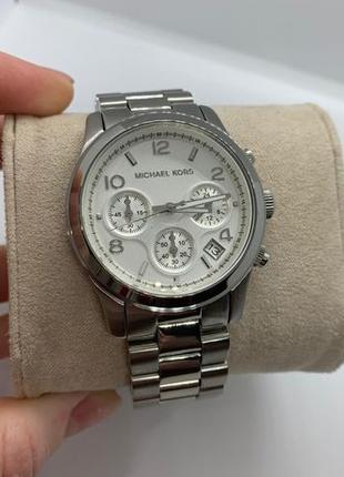 Женские часы Michael Kors MK5076 'Runway'
