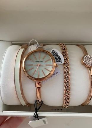 Женские часы Anne Klein AK-1470RGST