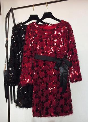 Женское нарядное платье травка с поясом с пайетками красное