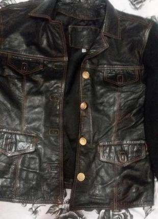Кофта-курточка кожаная с трикотажными рукавами