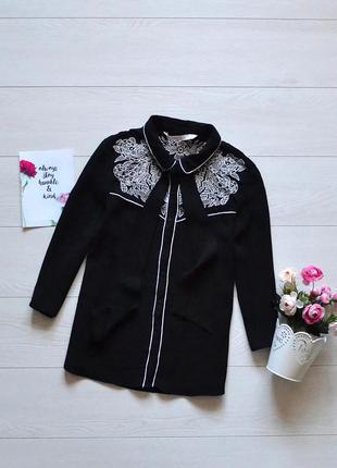 Стильна чорно-біла блуза zara