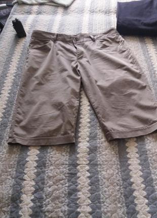 Модные мужские капри на лето