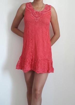 Красивое нарядное гипюровое платье р.42-44