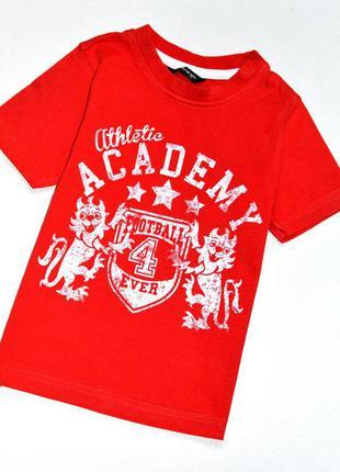 George . красная  футболка любителя футбола. 2-3 года. рост 92...