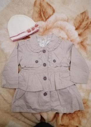 Весеннее пальто на подкладке с шапочкой