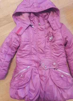 Курточка для девочки 5-6 лет