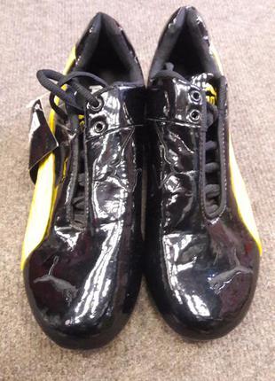 Кроссовки черные 38  размер