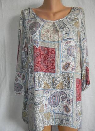 Натуральная блуза с красивым принтом