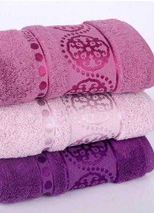 Подарочный набор полотенец для лица или банные
