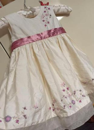Шикарное шелковое нарядное платье на девочку 6-12 мес monsoon