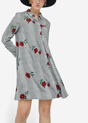 Платье stradivarius р. s, цветочный принт, вискоза,в клетку,ру...