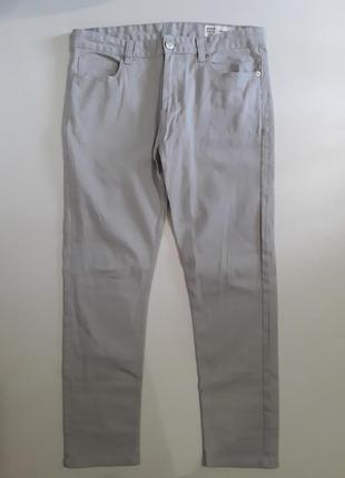 Фирменные джинсы слим 32р.
