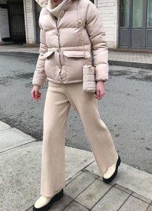 Женский осенний короткий пуховик куртка с накладными карманами...