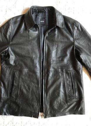 Кожаная куртка hugo boss,оригинал