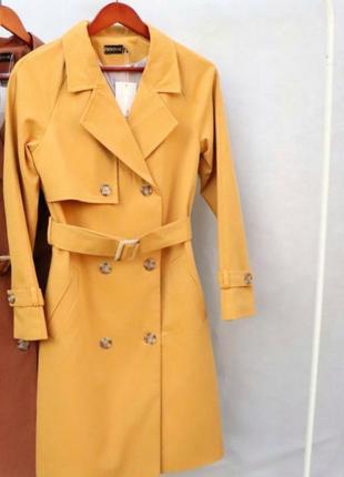 Весенний тренч пальто желтый