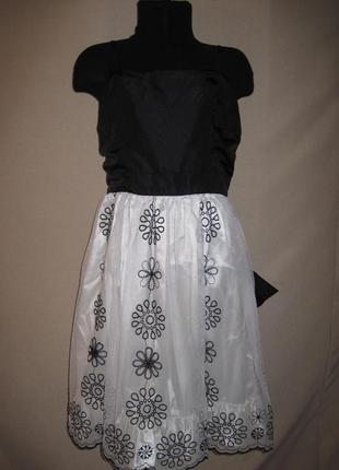 Красивое платье george 8-9л,