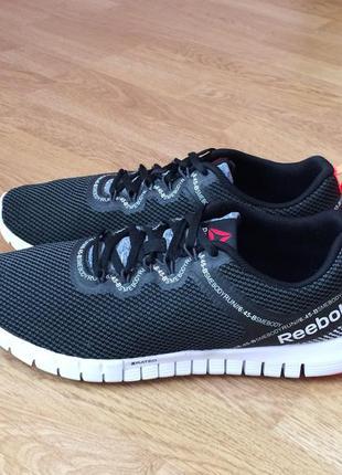 Новые кроссовки reebok оригинал 41 размера