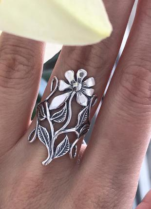 Кольцо серебряное мадина 1291