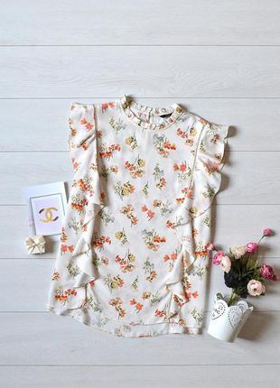 Красива ніжна блуза в квітковий прінт f&f