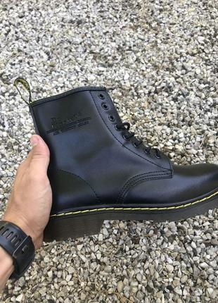 Шикарные мужские кожаные ботинки dr. martens унисекс чёрного ц...