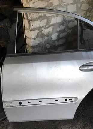Передняя левая дверь, задняя левая дверь Mercedes w211