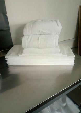 Продам постельное белье и махровые изделия б/у для гостиниц