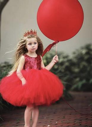 Платье с палетками нарядное шикарное модное для принцессы