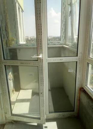 Двері металопластикові балконні