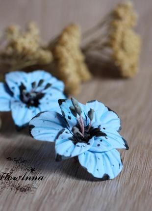 """Голубые серьги с цветами ручной работы из полимерной глины """"го..."""