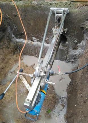 Алмазное сверление отверстий в бетоне, кирпиче , граните и др.