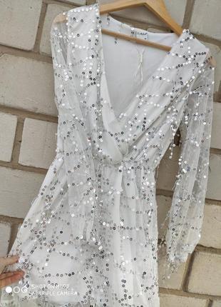 Крутое нарядное  платье  раз.м