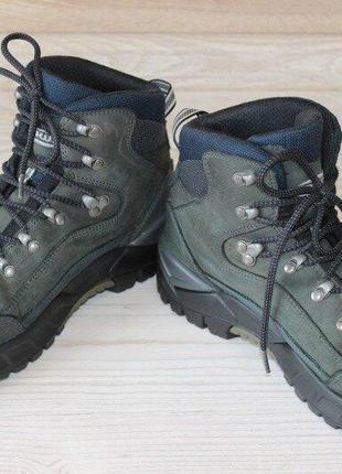 Треккинговые ботинки lowa renegade goretex. оригинал. размер 42.