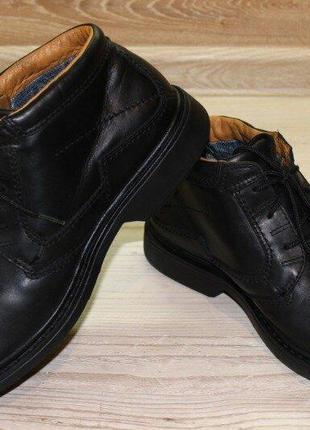 Ботинки clarks goretex. англия. оригинал. размер 43