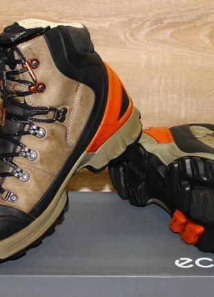 Ботинки ecco biom hike. оригинал. размер 44