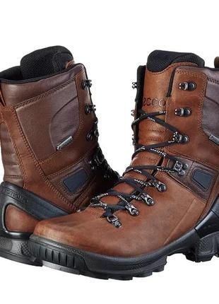 Ботинки ecco biom hike. оригинал. размеры 41,42.