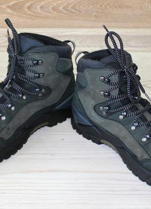 Ботинки lowa renegade mid goretex. германия. оригинал. размер 43.