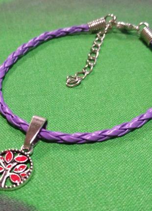 Плетёный кожаный браслет с подвеской дерево.