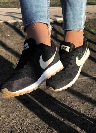 Весенние кроссовки nike md runner 2